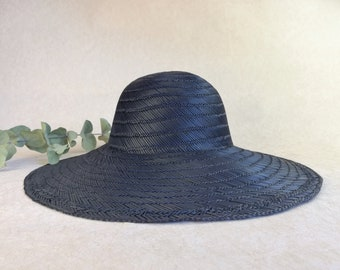 a976ad398a422b Vintage black straw hat. Never used. Large brim. Size 57 cm. US 7 1/8. Women  hat