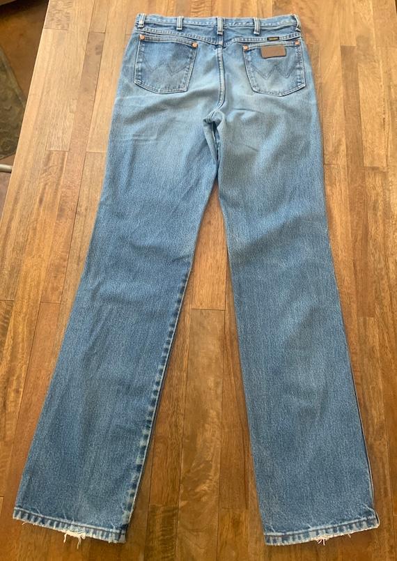 Vintage Faded Wrangler Jeans 34/36 - image 4