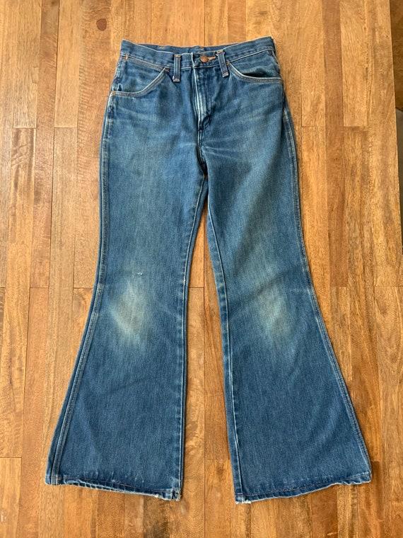 """Vintage 1970's Wrangler Bellbottom Jeans 26"""" Waist - image 2"""