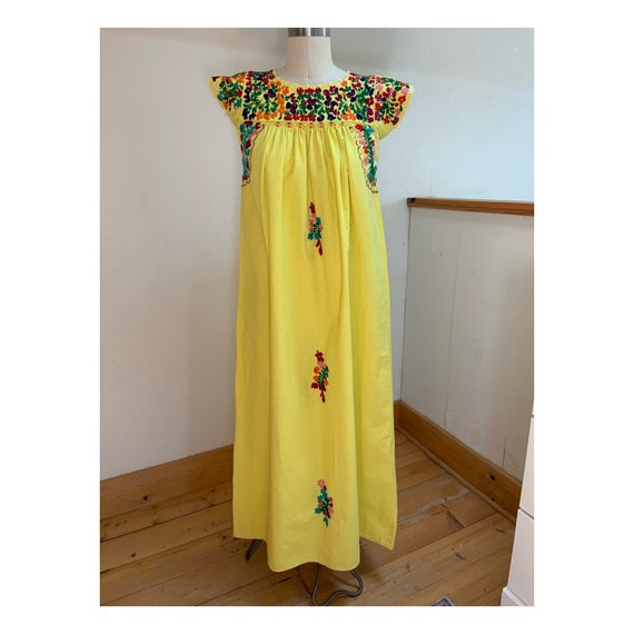 Vintage Yellow Cotton Embroidered Mexican Puebla D