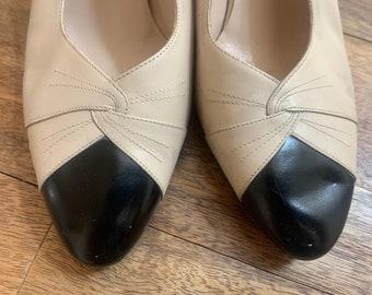 Vintage Salvatore Ferragamo Black and Cream Leather Slingback Pumps Size 8.5