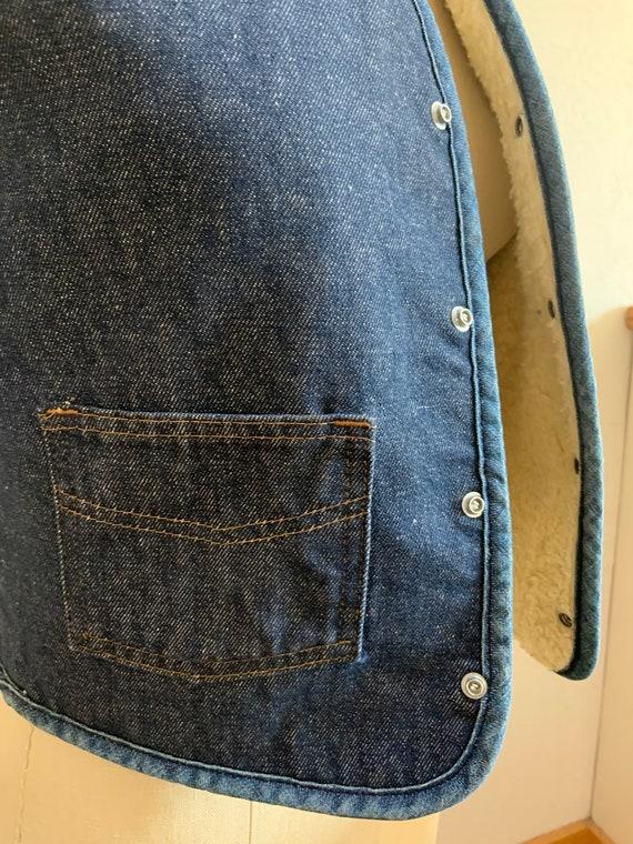 Vintage Denim Shearling Snap Front Vest Small - image 10
