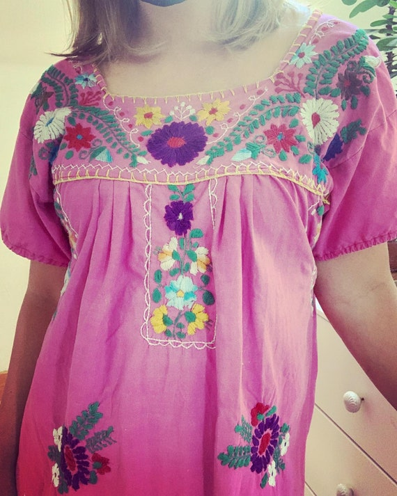 Vintage Pink Cotton Puebla Style Mexican Embroider