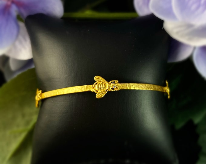 Gold Bangle Bracelet with Bee Design - Julie Vos Jewelry