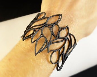 Flexible and Lightweight Bracelet - Nickel-free, Latex-free, Handcrafted from Recyclable Materials