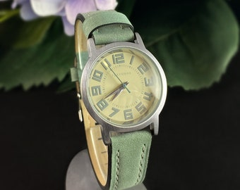 Women's Watch, Green Leather Band, Silver Case - TOKYObay