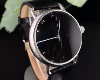 Men's Watch, Black Leather Band, Round Case - TOKYObay