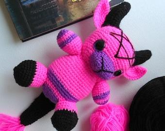 Creepy devil doll, Crochet dark art, devil demon, spooky yarn doll, Horror statue, Horror Doll Gothic Home Decor, Kids gift monster toy baby