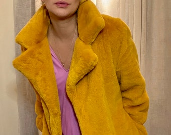 SEASON's HOTTEST custom made oversized faux fur coat in spicy mustard size 36-38-40 very good condition
