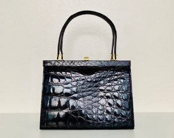 SOPHISTICATED vintage 60s patent leather top handle handbag with crocodile pattern