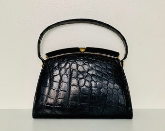 ELEGANT vintage 60s leather top handle handbag with pressed crocodile pattern