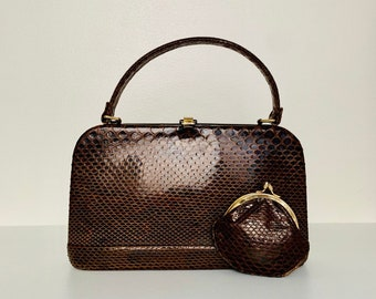 EXQUISITE vintage 60s rare find snake skin top handle handbag with matching coins purse