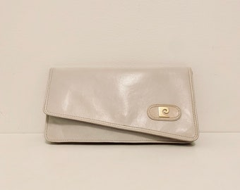RARE FIND vintage 80s Pierre Cardin ecru leather clutch bag with gold colored shoulder chain