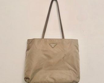 MUST HAVE vintage Prada tote bag in beige tessuto nylon fair condition