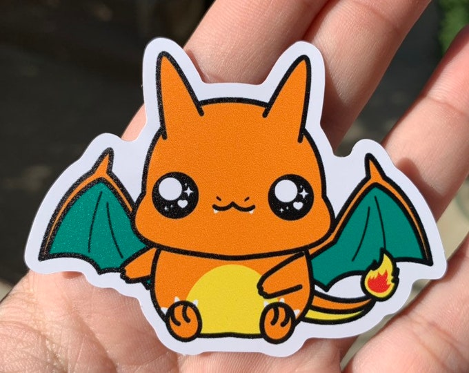 Charizard Vinyl Sticker - Pokémon / Pokemon Sticker / Laptop Decal / Bumper Sticker / Deck Box / Sun and Moon