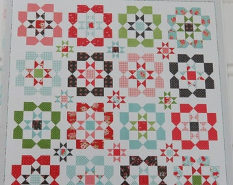 Lighthearted Quilt Pattern by Thimble Blossoms  (227)