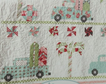 Vintage Summer Quilt Pattern by Erica Made