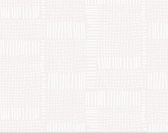 Moda Whispers Dash Dot White (33551 11) 1/2 Yard Increments