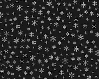 Riley Blake Designs Farmhouse Christmas Snowflakes Black (C10954-BLACK) 1/2 Yard Increments