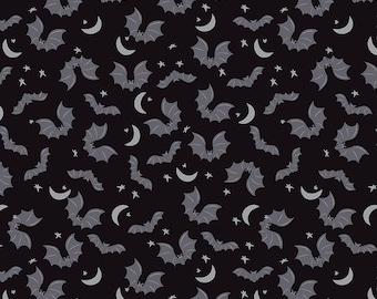 Riley Blake Designs Spooky Hollow Bats Black Sparkle (SC10572-BLACK) 1/2 yard Increments