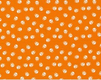 Moda Holiday Essentials Halloween Skullzzz  (20733 16) 1/2 Yard Increments