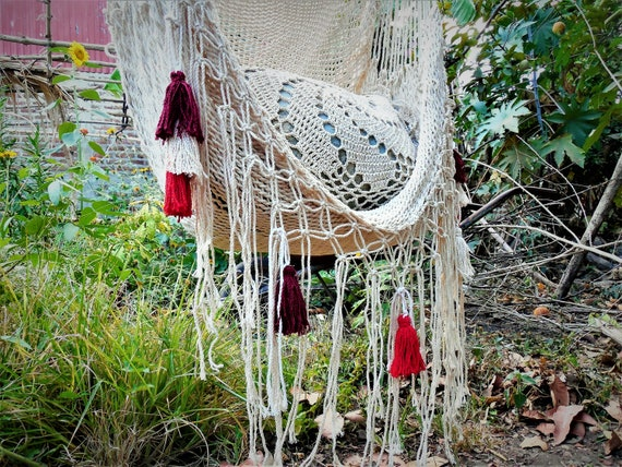 Hammock Chair Hanging Chair Handmade Natural Cotton Macrame With Color  Tassels.