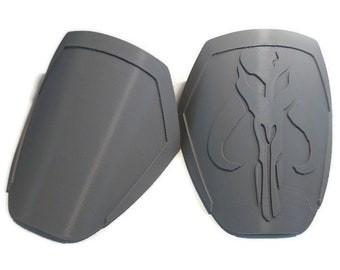 Female Mandalorian Mythosaur Pauldrons Armor Kit 3D Printed