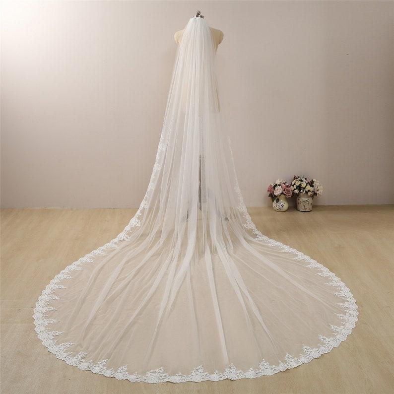 Lace Boho Wedding Veil Floral Long Veil with Lace Trim Cathedral Veil Ivory Regal Length Veil Lace Chapel Length Bridal Veil with Lace Veils