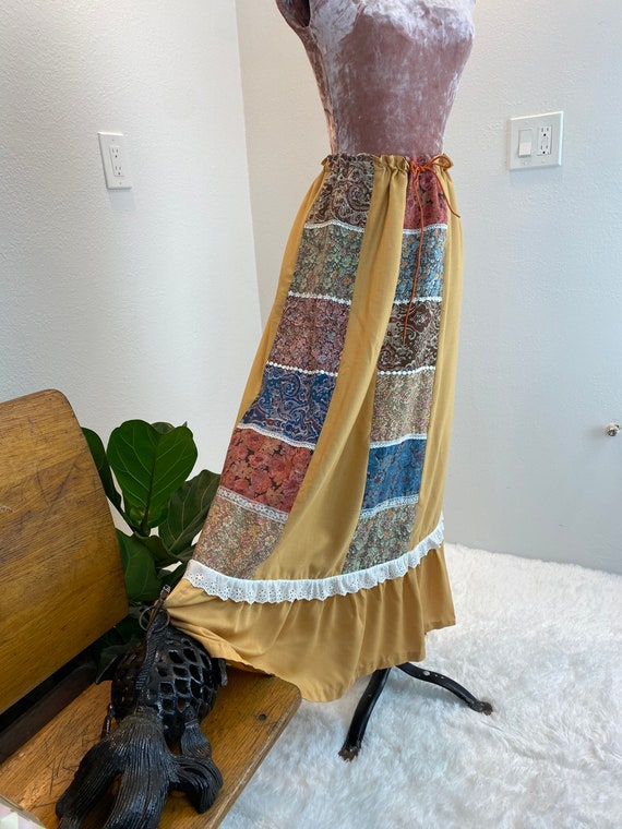 Vintage 1970's Patchwork Quilted Skirt - image 6