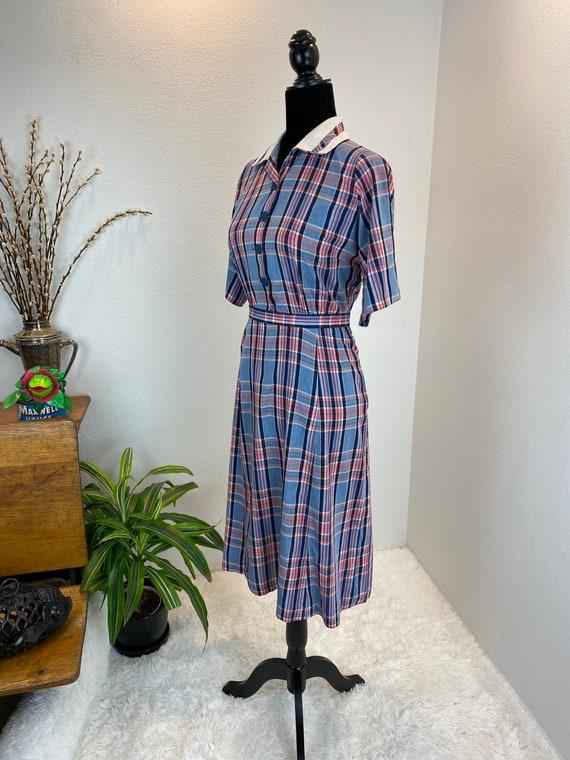 1940s Plaid Dress / 40s dress Blue Plaid with belt - image 9