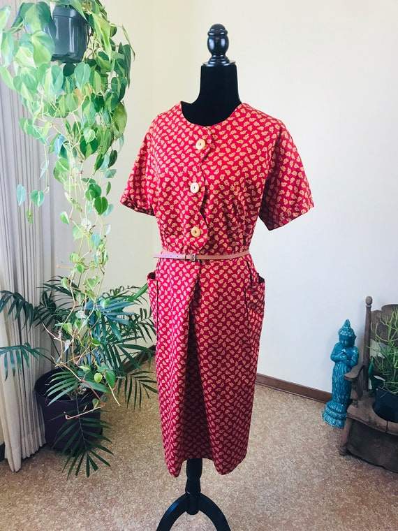1940s Red and Gold Paisley Cotton House Dress - Vo