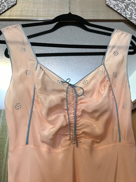 1930s Pink and Blue Silk Night Gown - Never worn - image 5