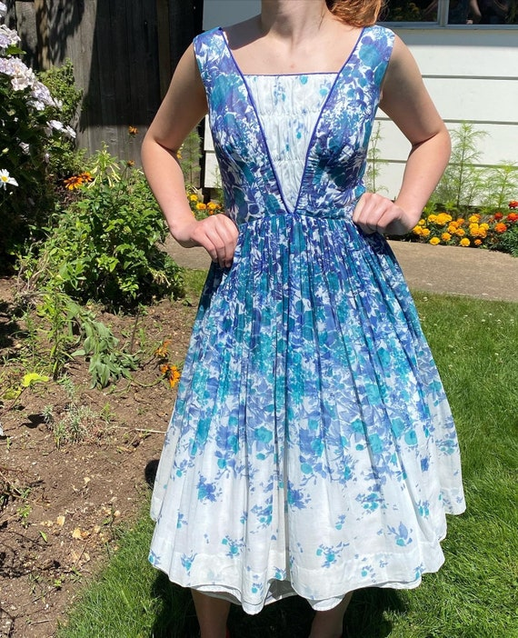 Vintage 1950s Watercolor Floral Fit and Flare
