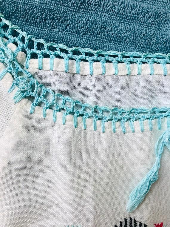 Vintage 1970s Linen Hungarian Blouse. - image 3