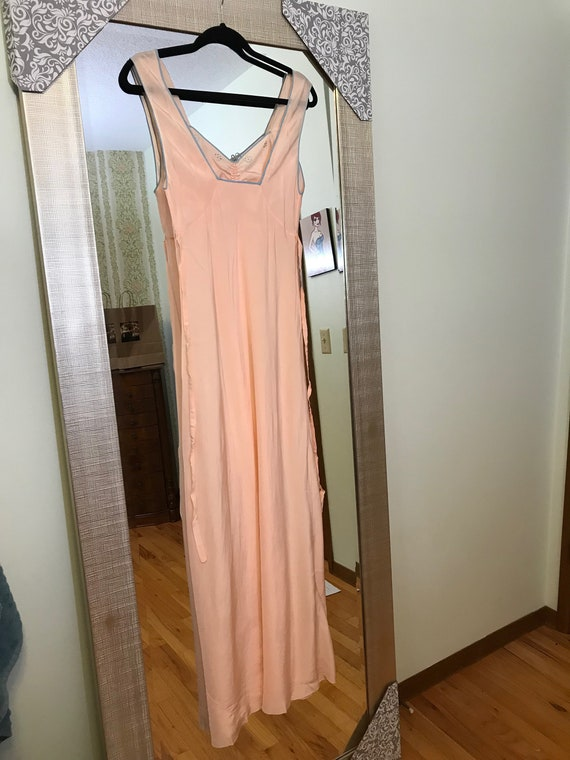 1930s Pink and Blue Silk Night Gown - Never worn - image 6