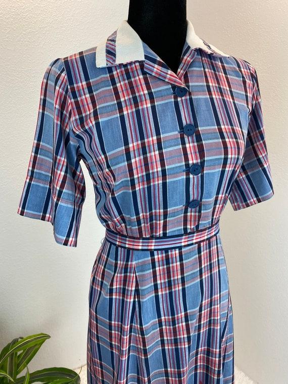 1940s Plaid Dress / 40s dress Blue Plaid with belt - image 3