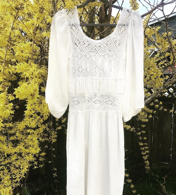 Vintage 1970s Crochet Berkeley Dress
