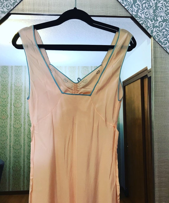 1930s Pink and Blue Silk Night Gown - Never worn - image 8