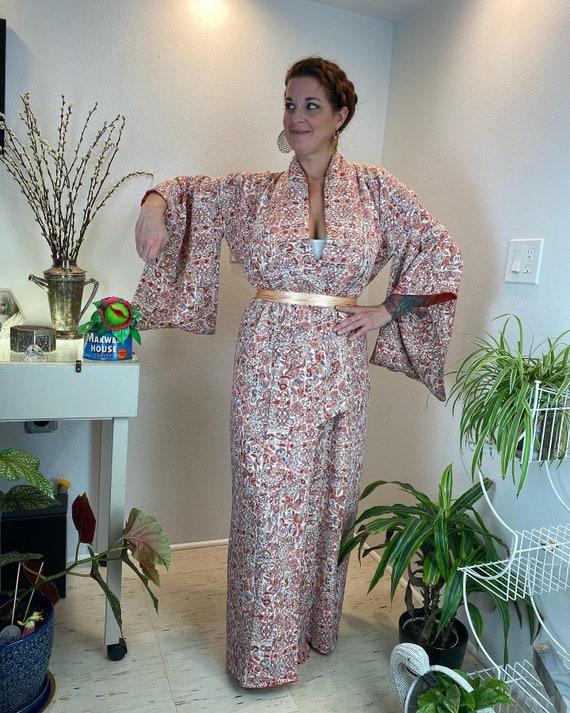 Vintage 1940s Kimono Robe / 40s kimono / 40s robe - image 1