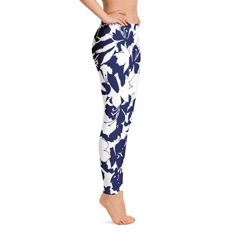 Designer Leggings Handmade Yoga Leggings Exercise Leggings All-Over floral Print Leggings Women/'s Leggings Blue and White