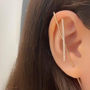 Minimal Rose Gold Earring Modern Bar lobe cuff earring Black CZ Lightning Ear Pin Earring Edgy Pin Hook Ear Cuff Demi-fine Jewelry