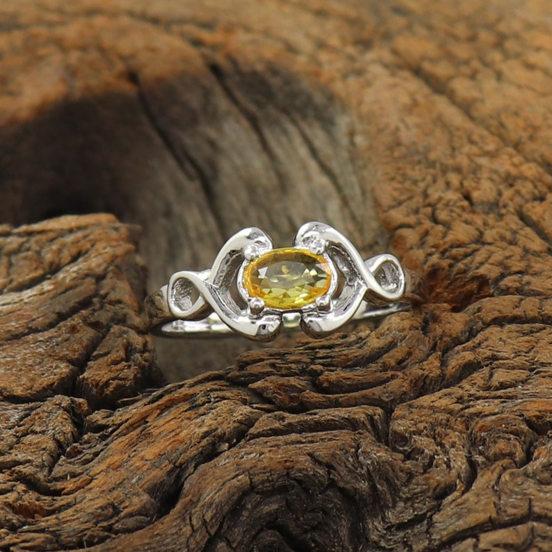 Yellow Sapphire Ring Sapphire Birthstone Ring Antique Sapphire Ring 925 Sterling Silver Ring Size 3 to 15 Natural Sapphire Stone Rings