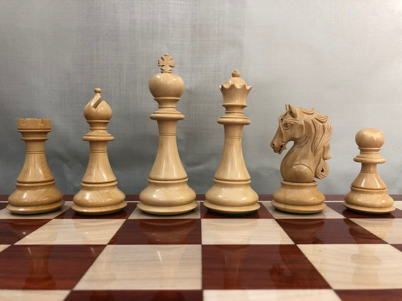 4Q 4.5 Luxury Staunton Ebony Wood /& Boxwood Chess pieces Set Spartan Luxury Double Weighted 2 Extra queens