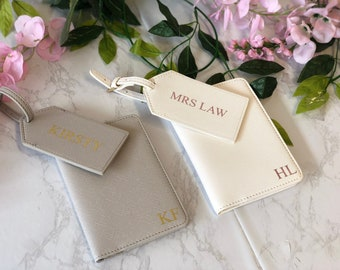 Personalised passport holder & luggage tag travel set, gift for bridesmaid, travel gift, personalized luggage tag, honeymoon gift, bride