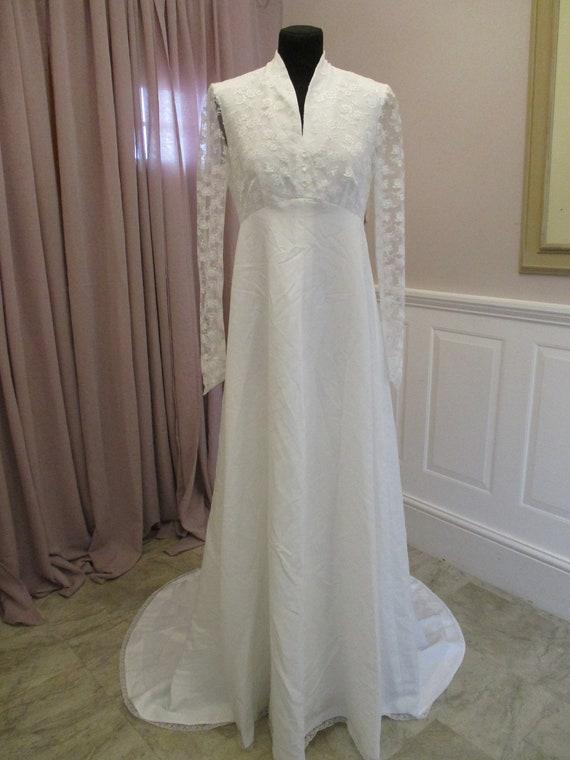 60s/70s White Wedding Dress
