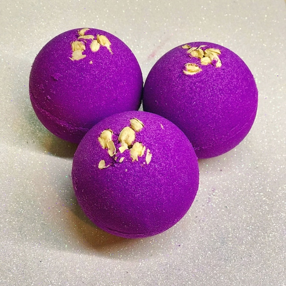 Drippin in Venus Bath Bomb, Goddess Aphrodite, Witchcraft, Witchy Gifts,  Mothers Day Gifts, Aromatherapy, Self Care