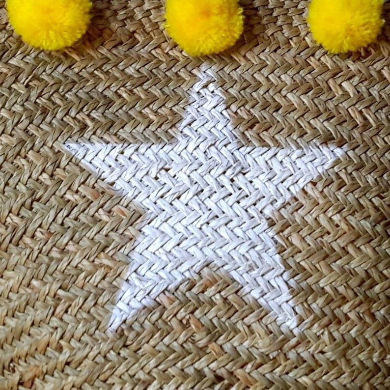 Star beach basket in sea rush yellow pompoms