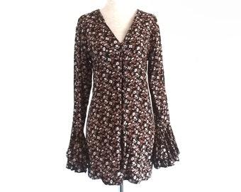Size 14 Vintage 90s Grunge Boho Hippie Festival Dress Jungle Floral Button Up Brown Tan Olive Green Cross Back