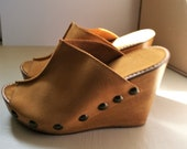 Ladies Women 39 s Tan Suede Studded Mules Shoes Sandals Wedges, High Heel, Size 5 - Handmade in UK