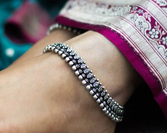 Anklets Dancing Bear Charm Bells Black Lace Hemp Anklet Macrame Handmade Ankle Bracelet Fast Color